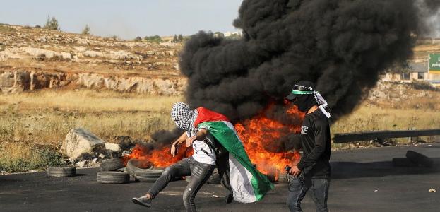 إصابة فلسطيني جراء اعتداء المستوطنين عليه جنوب مدينة الخليل