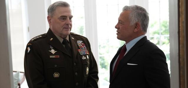 ملك الأردن يلتقي قائد هيئة الأركان الأمريكي